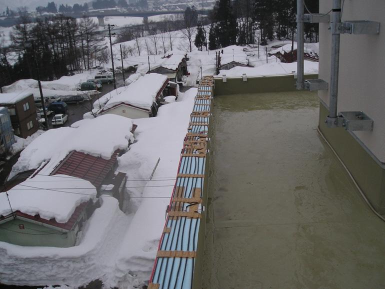 融雪設備屋上